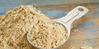 glucomannan powder in a bowl