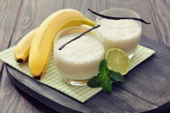 Milky Banana & Vanilla Smoothie