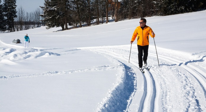 cross-country-skiing