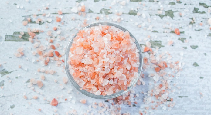 pink himalayan salt on table