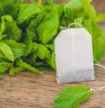 tea bag of peppermint tea