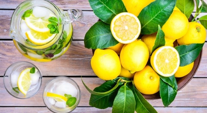 detox lemonade on table