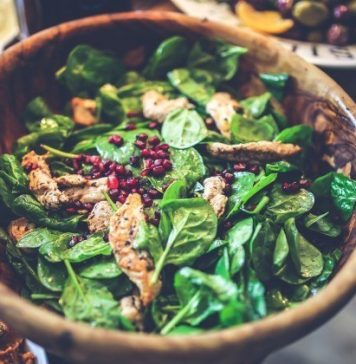 salad with spinach leaves