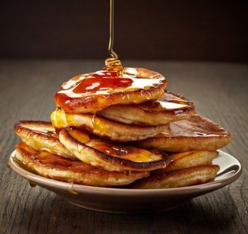 pancakes-with-maple-syrup-on-plate