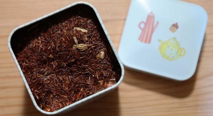 box of rooibos tea