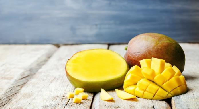 mango on table