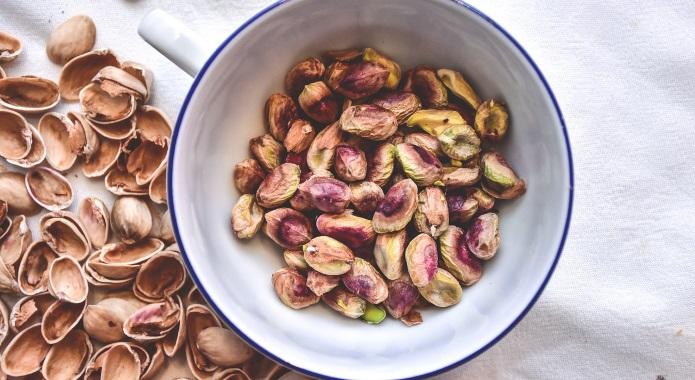 pistachios desktop