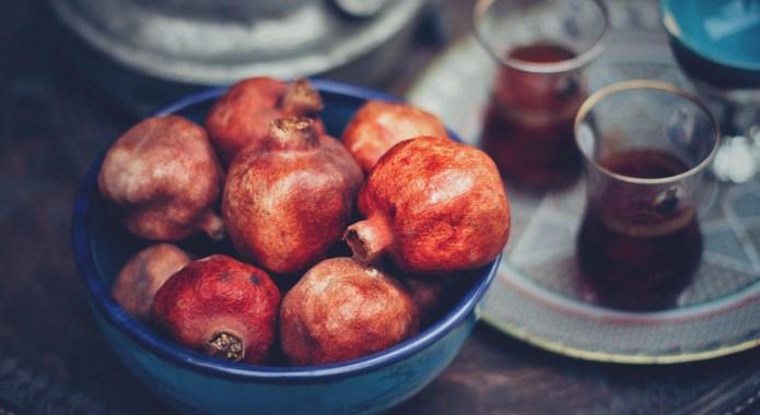 pomegranates in bowl
