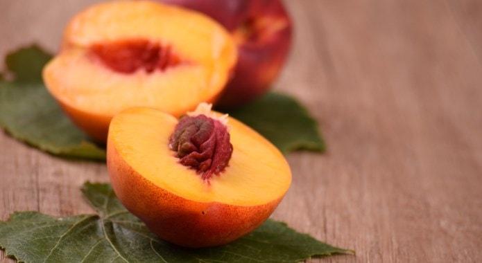 nectarines-min