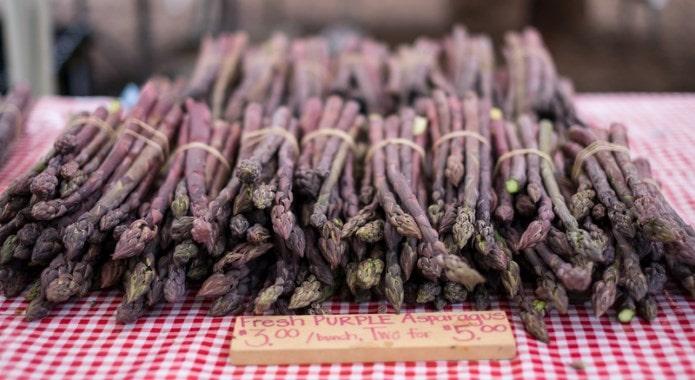 purple asparagus-min