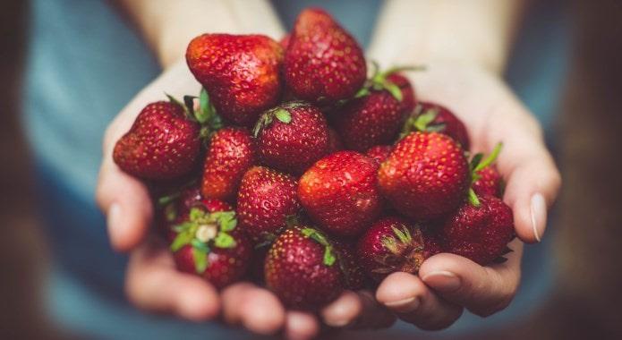 strawberries-min