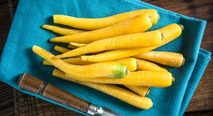 yellow carrots-min
